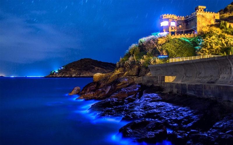 Được ví như thiên đường xanh, khung cảnh tuyệt đẹp tại quần đảo Mã Tổ phát sáng thực sự quyến rũ bất cứ ai du lịch Đài Loan dù chỉ một lần