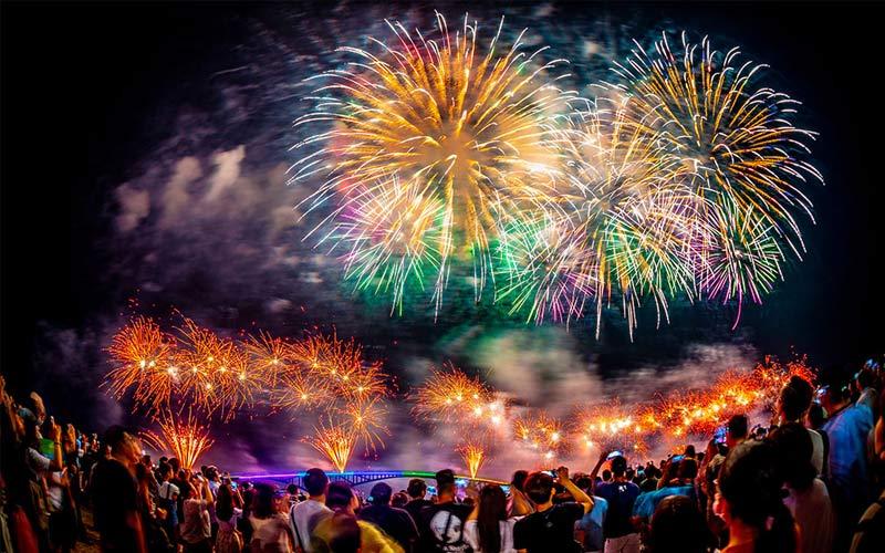 Du lịch Đài Loan tháng 4 chiêm ngưỡng pháo hoa biển Bành Hồ