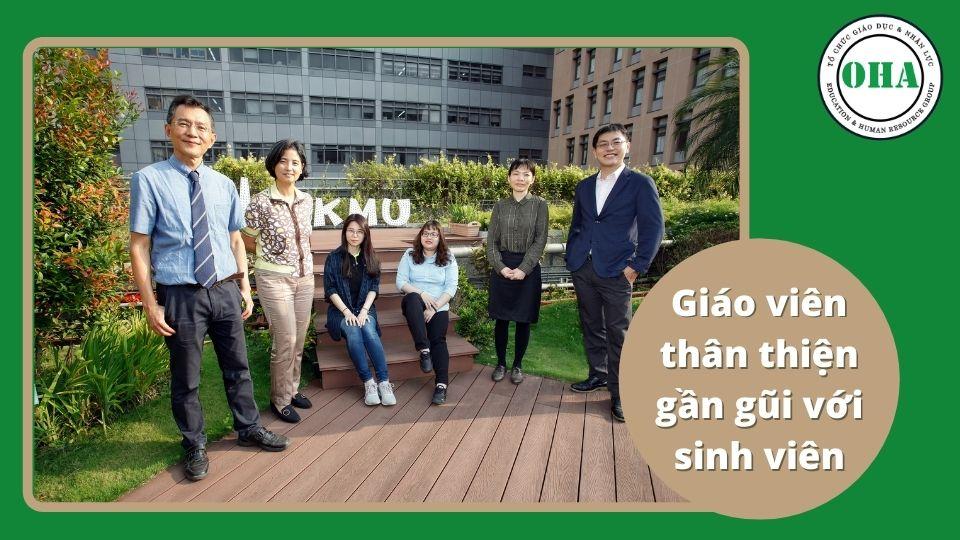 Giáo viên nhiệt tình giàu kinh nghiệm và y đức tốt tại KMU